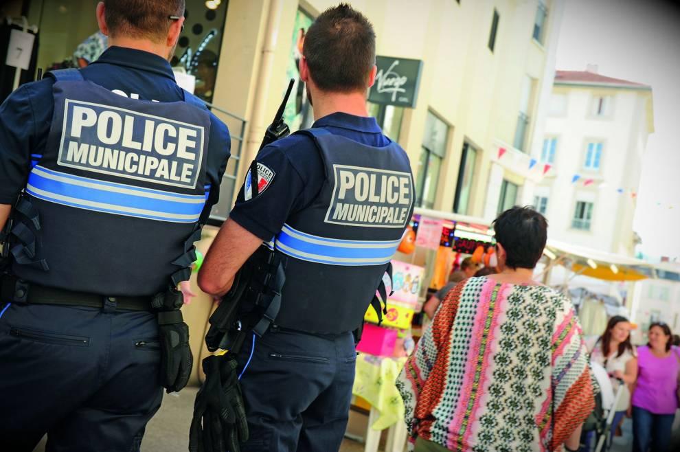 Emploi Policier Municipal